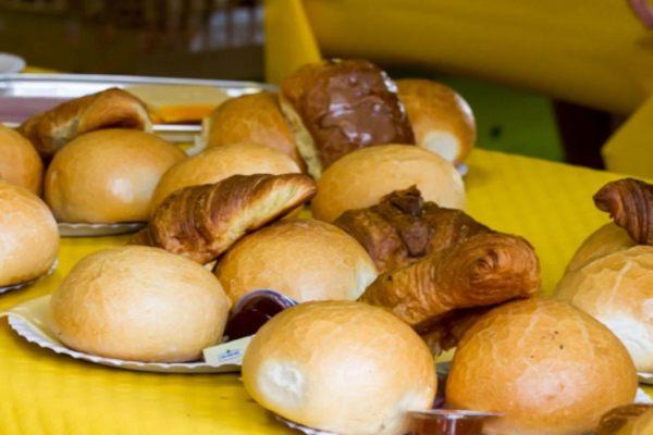 Schoolfeest kom er-bij-ontbijt!