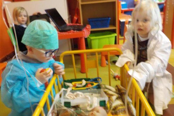 K2a Het poppenziekenhuis